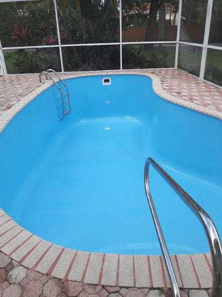 Fiberglass pool restoration